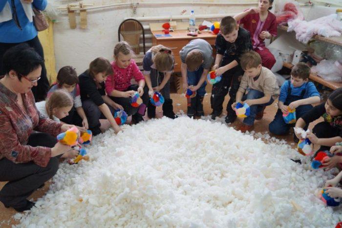 Невьянская фабрика мягкой игрушки и гончарная мастерская для школьников