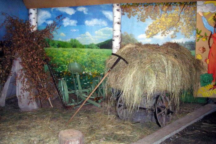 Село Коптелово: изба бабы Кати для школьников
