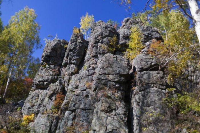 По местам сказов П.П. Бажова: гора Азов